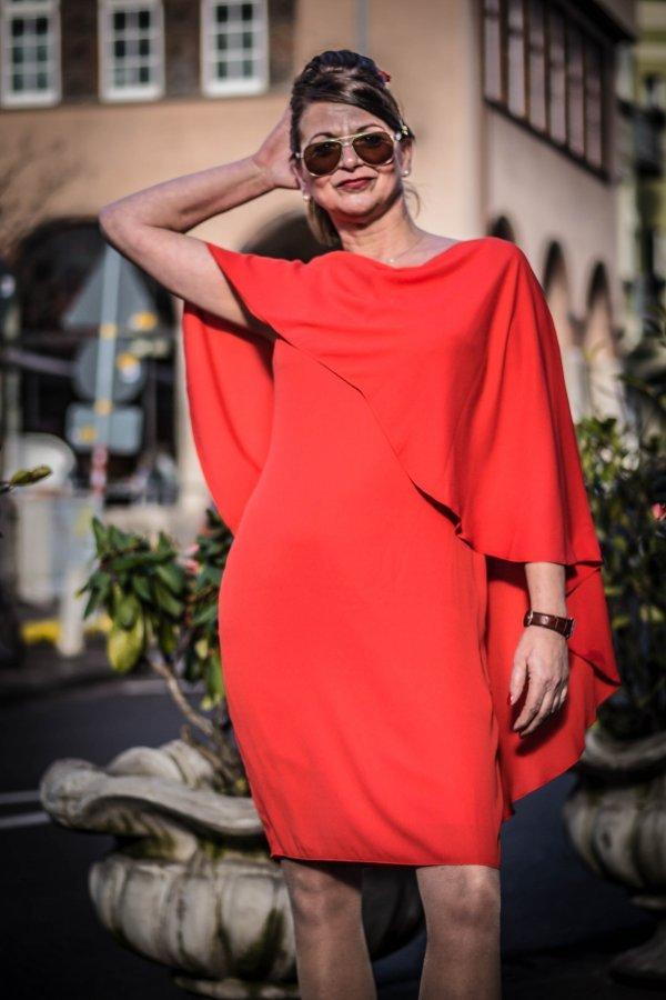 Kleid Joseph Ribkoff mit integriertem Cape. Sonderangebot: Statt 249,95 nur 199,95