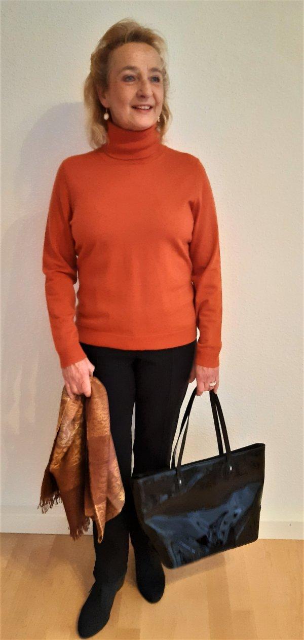 Pullover, Marke Elegance Paris. Dezenter Orange-Farbton