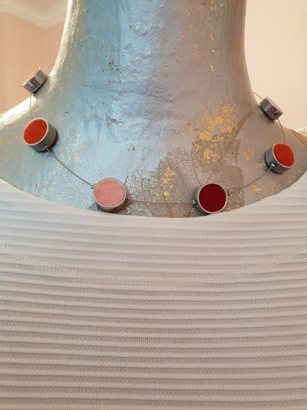 Kette Filz und Alu. Aluringe mit Filzeinlage in Farben Rosé+Orange+Bordeaux-Rot