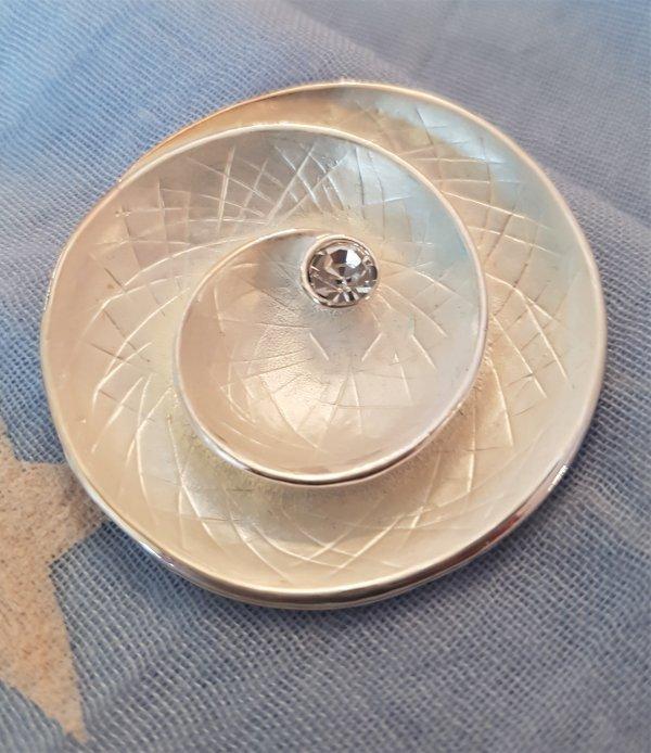 Brosche mit Magnetverschluß (für Schals/Tücher oder als Jacken-Schließe)
