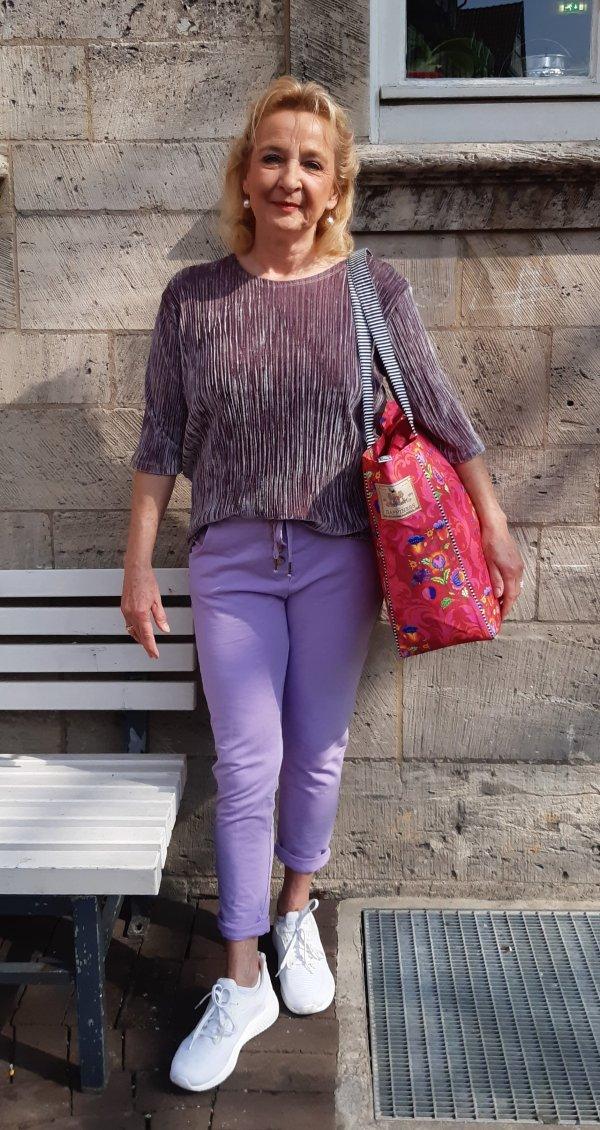 """JoggPant. Eine bequeme Jersey-Hose (""""Sweatshirtstoff"""") für Zuhause und Draußen. Bequem und wunderbar weich"""