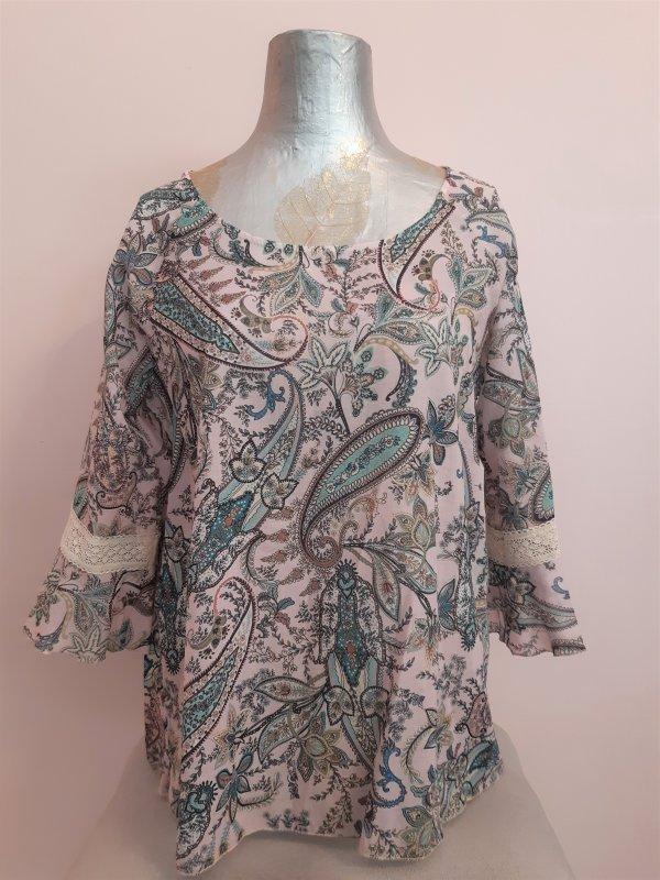 Lange Baumwoll-Bluse mit Paisley-Muster floral/Amöben, 6/8-Ärmel mit Lochstickerei