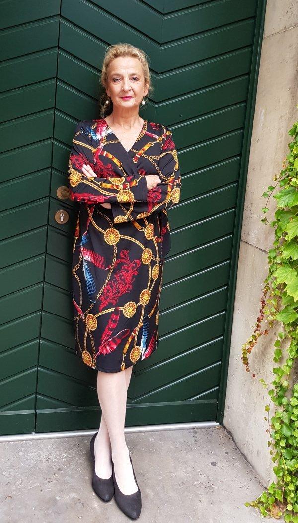 Kleid Batida, Muster im Versace-Stil