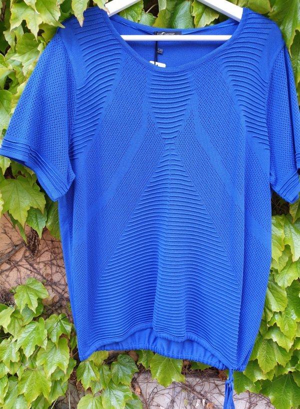 Top mit Struktur, königsblau, mit seitl. Bändchen zum Shoppen. Marke Top Secret